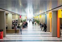Plafond lumineux du hall d'Assas